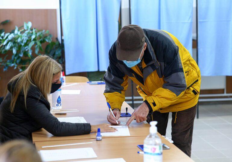Cum s-au desfășurat alegerile parlamentare 2020: Românii nu s-au înghesuit la urne, numeroase incidente și amenzi