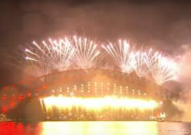 Australia a sărbătorit Anul Nou cu muzică live și artificii. În Wuhan doar măștile mai amintesc de pandemie (Video)