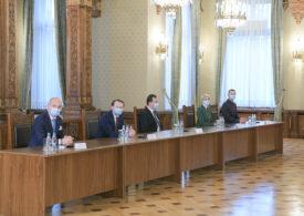 Orban i-a spus lui Iohannis că vrea șefia Camerei și minoritățile în coaliție. Șeful PNL pare că nu se grăbește: Sunt țări unde au durat negocierile și o lună sau perioade mai lungi
