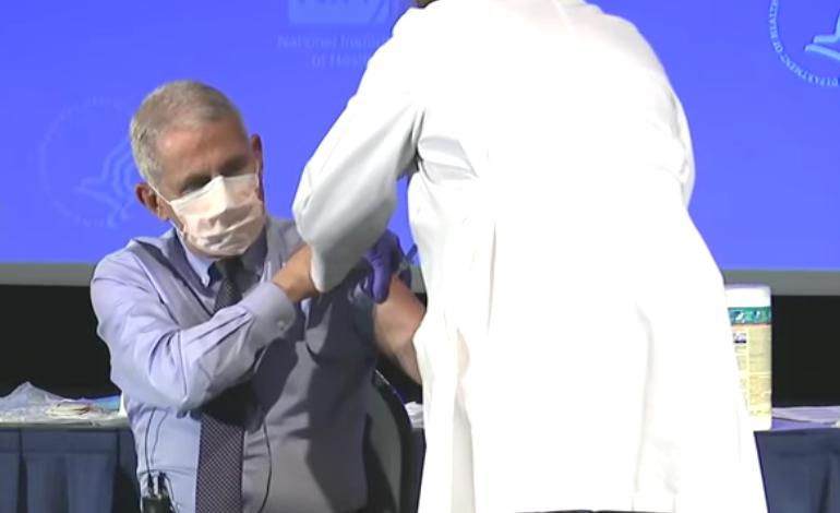 Medicul Anthony Fauci s-a vaccinat și el împotriva COVID-19, însă cu vaccinul Moderna
