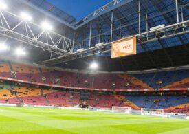 Cum se răspândește în aer coronavirusul? Cercetătorii fac teste pe cel mai mare stadion din Olanda