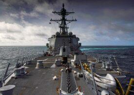Tensiuni între SUA și China în strâmtoarea Taiwan, unde marile puteri fac paradă de portavioane și distrugătoare
