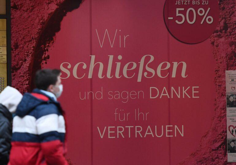 Germania închide magazinele neesențiale și școlile, până pe 10 ianuarie, pentru a opri infectările