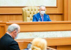 Dodon a promulgat legea care o lasă pe Maia Sandu fără Serviciul de Informații. Curtea Constituțională o respinsese