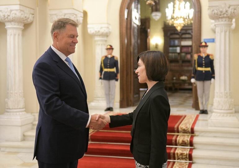 România trimite un ajutor umanitar de peste 2 milioane de euro în Republica Moldova. Maia Sandu ne mulţumește