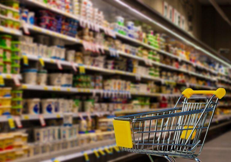 Micii comercianți cer prelungirea cu o oră a programului magazinelor: Va face diferența dintre faliment și supraviețuire