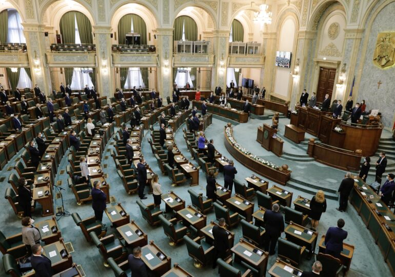 Adeverinţa verde de vaccinare, în România - regulamentele UE au fost aprobate de Senat