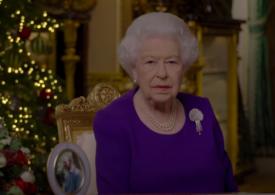 Regina Elisabeta a II-a şi-a încurajat compatrioţii în mesajul ei tradiţional de Crăciun: Nu sunteţi singuri!