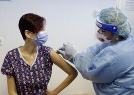 MEC: Peste 160.000 de angajați din învățământ sunt dispuși să se vaccineze