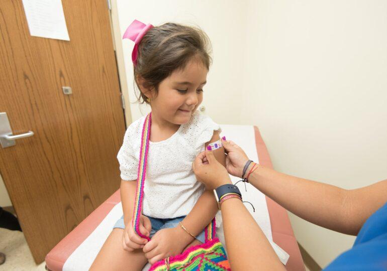 Societatea Naţională de Medicina Familiei: Imunizarea antigripală rămâne extrem de importantă pentru copii