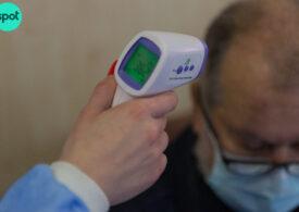 Aproape 1.500 de pacienți sunt internați la ATI, un nou record. Însă scade numărul cazurilor zilnice sub 5.000