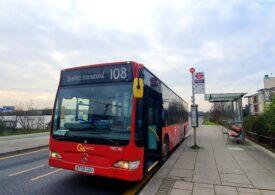 Autobuze londoneze transformate în ambulanțe, pentru a face față numărului mare de cazuri grave de Covid
