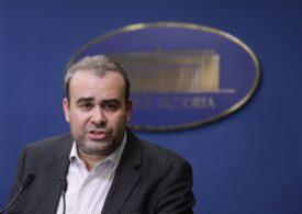 Tribunalul Bucureşti anulează diploma de doctor a lui Darius Vâlcov