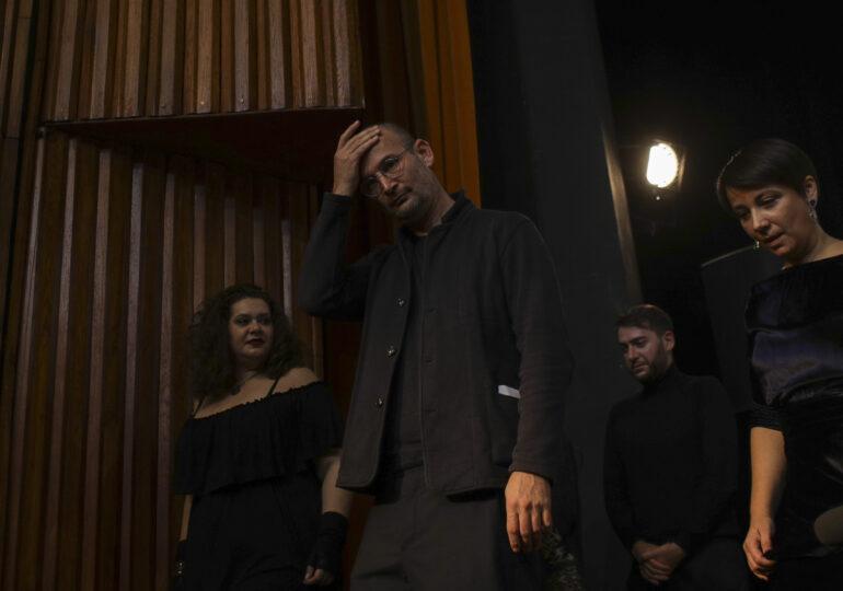 Alexander Nanau refuză medalia lui Iohannis, dar nu a refuzat 1,5 milioane de lei de la buget pentru filmul său, arată Ministerul Culturii