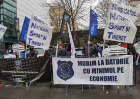 Sindicatul Europol anunţă că ministrul Bode le-a propus poliţiştilor 1.000 de lei în plus la salariu pentru riscul de Covid-19: E prea puţin!