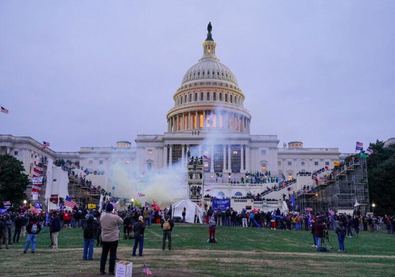 Asaltul de la Capitoliu: Peste 300 de americani au fost puși sub acuzare