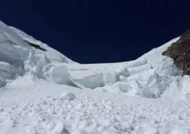 Atenție, turiști: Risc mare de avalanşă în Munţii Făgăraş, Bucegi şi Călimani