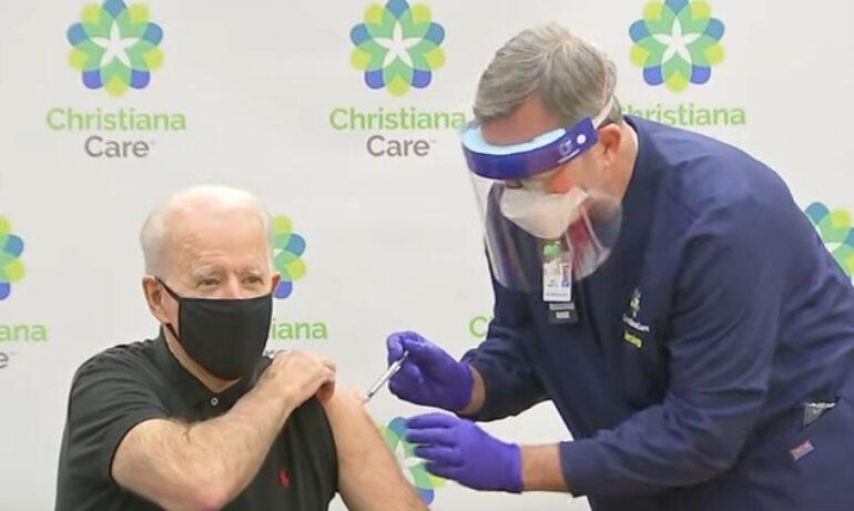 Biden vrea ca toţi americanii să fie vaccinaţi până la sfârşitul verii: Este un efort de război