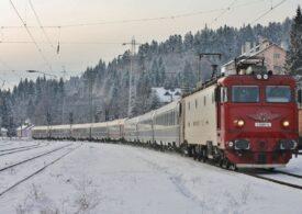 CFR anunță trenuri anulate și întârzieri în următoarele două zile, din cauza ninsorilor și viscolului