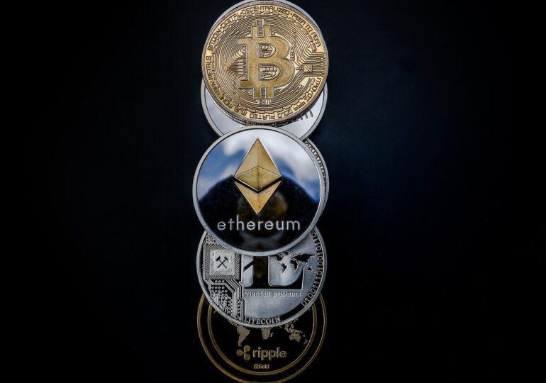 Criptomoneda ethereum a atins un nivel record, peste 1.500 de dolari
