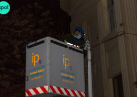 Bucureștiul dă anual 30 de milioane de lei pentru iluminatul stradal. Ar putea să economisească jumătate cu un sistem inteligent, ca la Londra sau Singapore