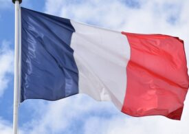 Franţa accelerează campania de vaccinare: Jumătate de milion de doze făcute în două zile