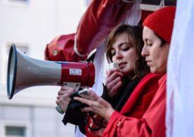 Interdicția privind avortul intră în vigoare în Polonia. Greva femeilor: Vă vom pregăti noi un infern