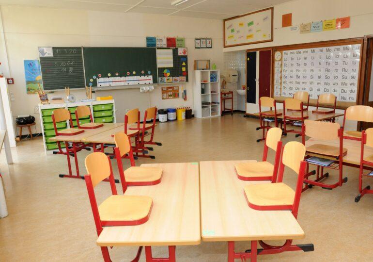 Miniștrii Sănătății și Educației au semnat Ordinul comun pentru reluarea cursurilor în școli. Ce prevede acesta