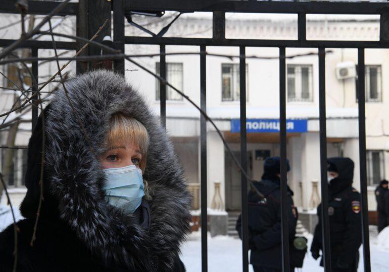 Navalnîi rămâne închis până pe 15 februarie. I-a îndemnat pe ruși să iasă în stradă împotriva lui Putin