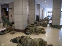 Peste 150 de membri ai Gărzii Naționale care au asigurat securitatea la învestirea lui Biden au Covid