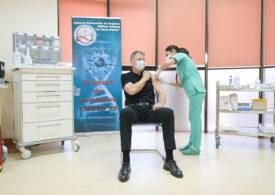 Iohannis a primit și a doua doză de vaccin, dar nu s-a mai lăsat filmat (surse Spot)