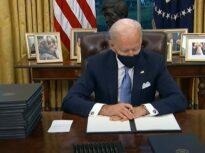 Administraţia Biden anunţă revizuirea acordului de pace cu talibanii