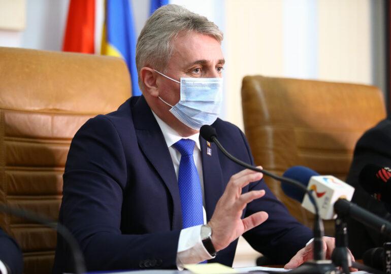 Ministrul de Interne anunţă că l-a demis azi pe Gavriș de la conducerea Luptei anti-COVID în Bucureşti. Fusese numit vineri seară, chiar în timp ce era la Hanul lui Manuc (Surse Spot)