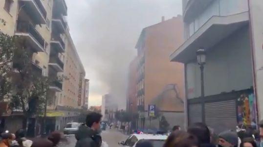 O explozie puternică a distrus un bloc din Madrid (Galerie foto&Video)