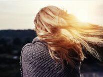 Dacă hair-styliștii ar fi medici… Riscul de boli cardiovasculare se vede în părul nostru