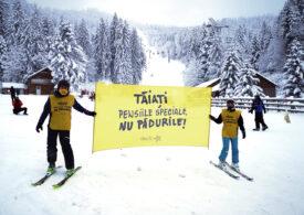 Protest pe schiuri: Tăiaţi pensiile speciale, nu pădurile! (Galerie foto)