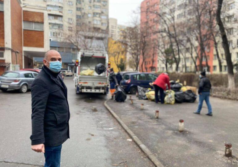Radu Mihaiu s-a dus incognito să vadă cum (nu) se ridică gunoiul în Bucureşti