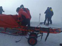 Zi cu multe emoții pe Valea Prahovei: Cozi mari, vânt puternic, turiști prinși de avalanșă și fără schi la Sinaia