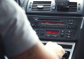 Scad tarifele RCA pentru majoritatea șoferilor. Doar cei tineri plătesc mai mult
