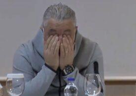 Șumudică a izbucnit în lacrimi în timpul unei conferințe de presă