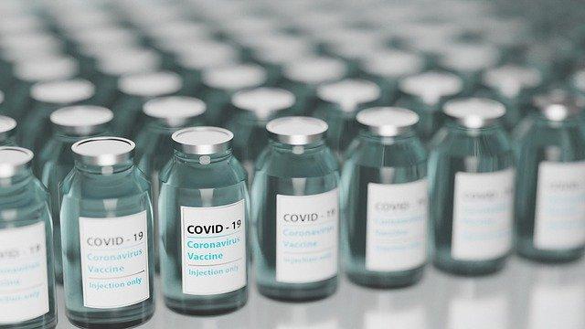 Peste 490.000 de persoane din etapa a doua s-au programat pentru vaccinare. Cum arată distribuţia pe categorii