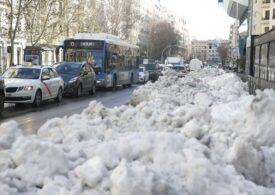 Pagube de 1,4 miliarde de euro, după furtuna de zăpadă din Madrid. Primarul cere ca orașul să fie declarat zonă de dezastru (Galerie foto)