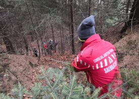 Turiști recuperați din pădure de savamontiști la Azuga