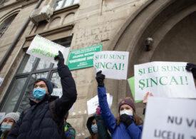 Judecătorii au respins cererea Primăriei Sectorului 4 de evacuare a colegiului Gheorghe Şincai