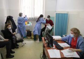 Peste 3 milioane de români s-au vaccinat antiCovid. De luni se deschide al doilea centru drive-thru