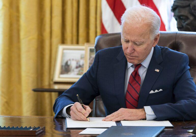 Biden: Trump nu ar trebui să mai aibă acces la rapoartele serviciilor de informații