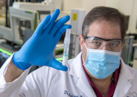 Cercetătorul care a dezvoltat primul test rapid pentru coronavirus a murit la 51 de ani