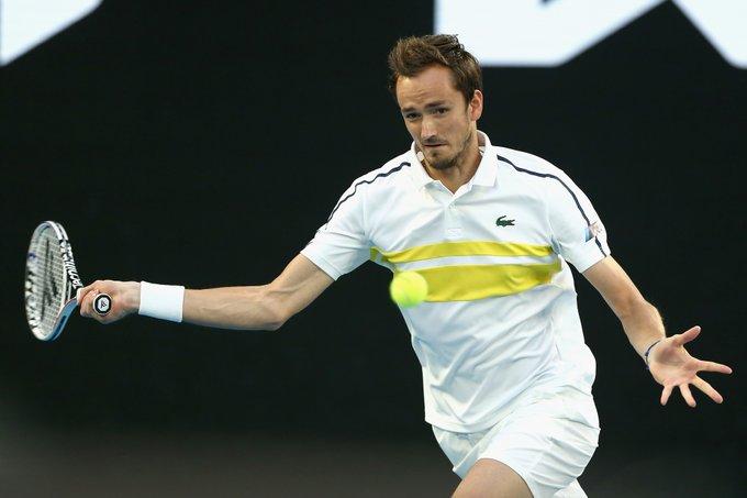 Cuvinte superbe spuse de Daniil Medvedev către Djokovici, după finala de la Melbourne: Erai un Dumnezeu pentru mine