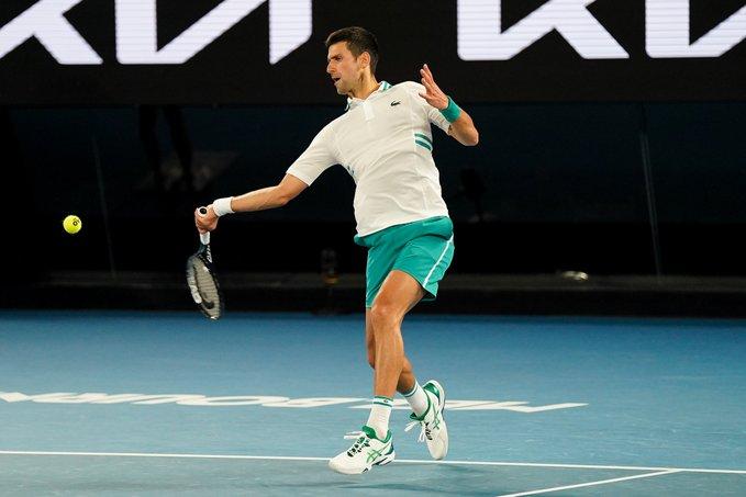 Novak Djokovici triumfă pentru a noua oară în carieră la Australian Open