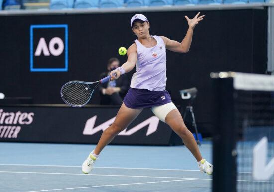 Surpriză mare la Adelaide: Lidera clasamentului WTA a fost învinsă în optimi
